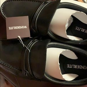 wonderlite Shoes - New Wonderlite  men's black leather shoes size 10